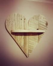 Heart Pallet Shelf £12