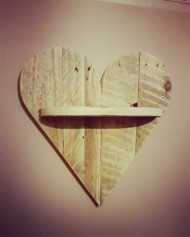 Heart Pallet Shelf £12